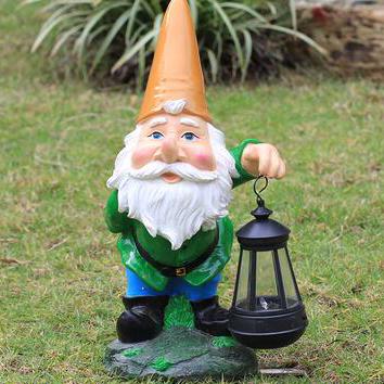 Nain De Jardin Avec Lampe
